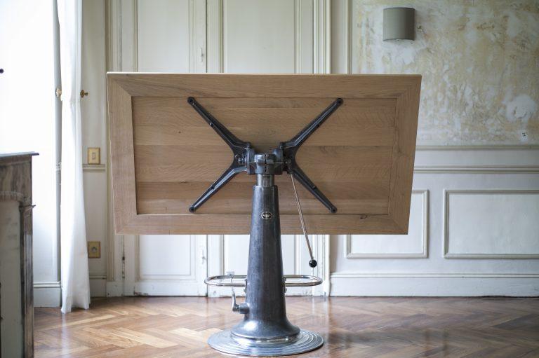 Table Raymond Loewy